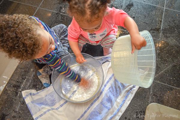 Salad Spinner toddler activity